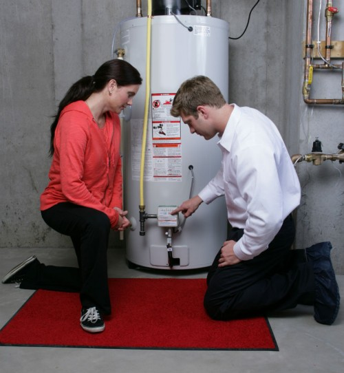Local plumbers available 24/7 for water heater repair in Oxnard, CA